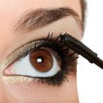 How Do You Properly Apply Mascara?