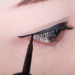 Is It Better to Use Liquid or Pencil Eyeliner?